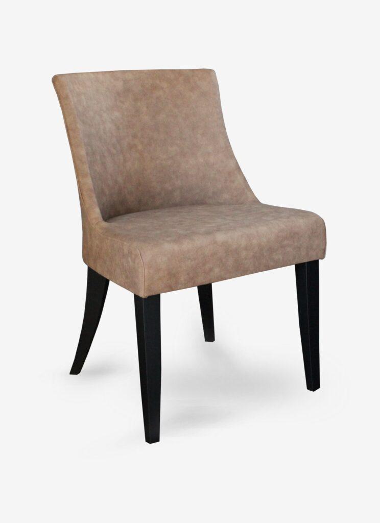 sedia moderna in ecopelle trapuntata con gambe in faggio nero per ristoranti cassandra
